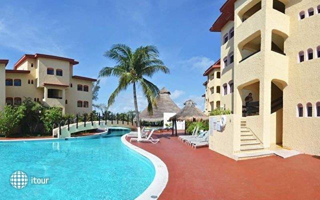 Cancun Clipper Club 4