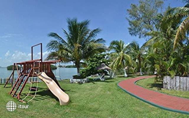 Cancun Clipper Club 6