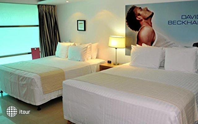 Mayafair Design Hotel 8