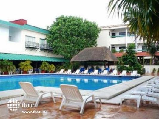 Q-bay Hotel & Suites 2