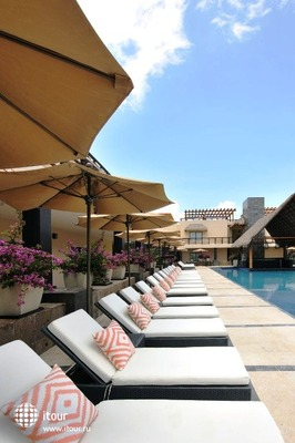 Aldea Thai Luxury Condohotel 9