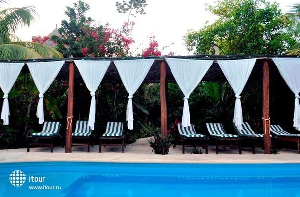 Green Tulum Cabanas & Gardens 5
