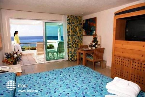 Suites Colonial 3