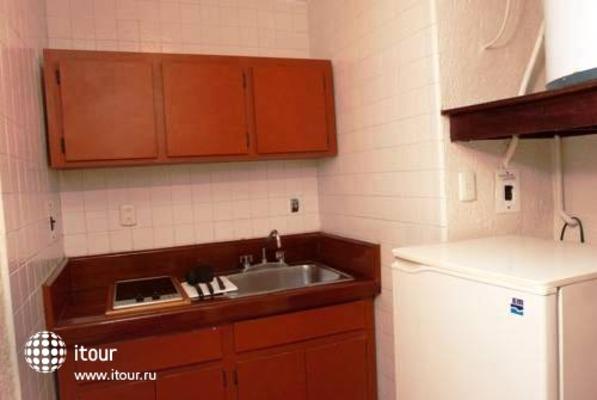 Suites Colonial 10
