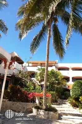 Pelicano Inn 5