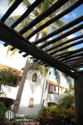Pelicano Inn 7
