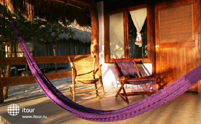 Hemingway Romantic Eco Resort 5
