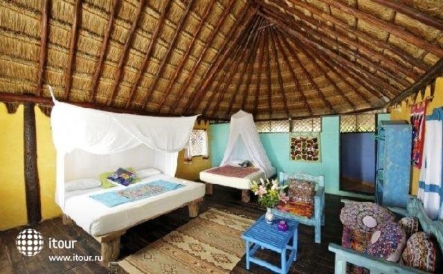 Hemingway Romantic Eco Resort 10