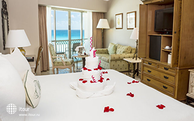 Sandos Cancun Luxury Experience Resort 3