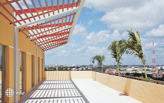 La Quinta Inn & Suites 2