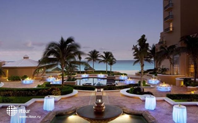 The Ritz Carlton Cancun 10