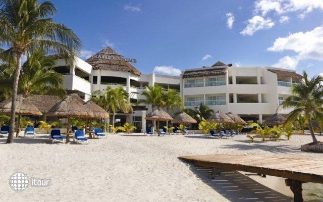 Isla Mujeres Palace Resort 1