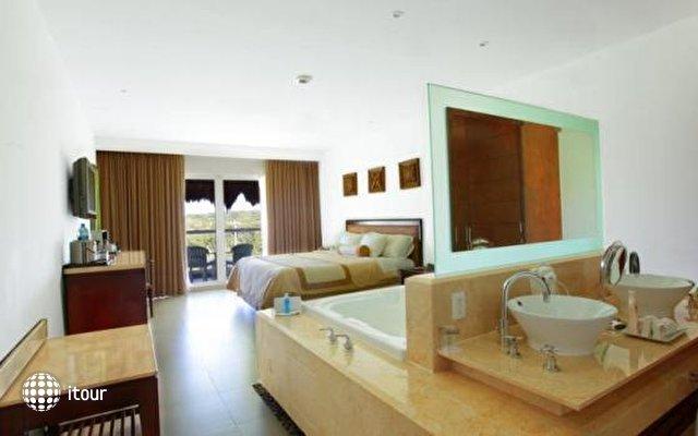 Isla Mujeres Palace Resort 9