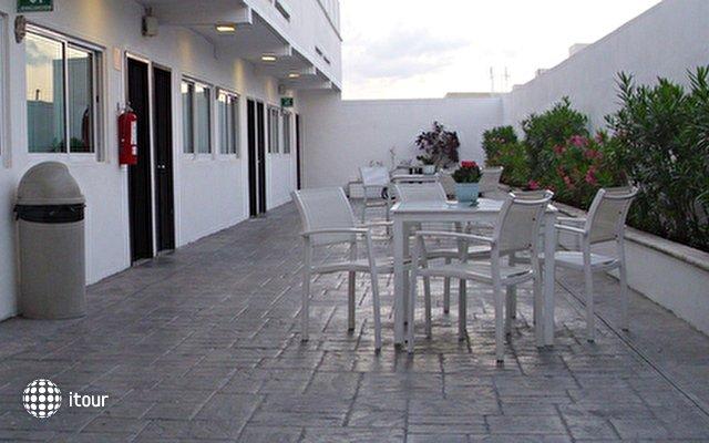 Hotel Del Sol 5