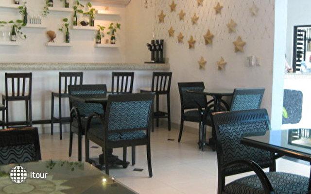 Hotel Del Sol 9