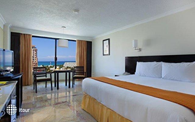 Krystal Cancun 7