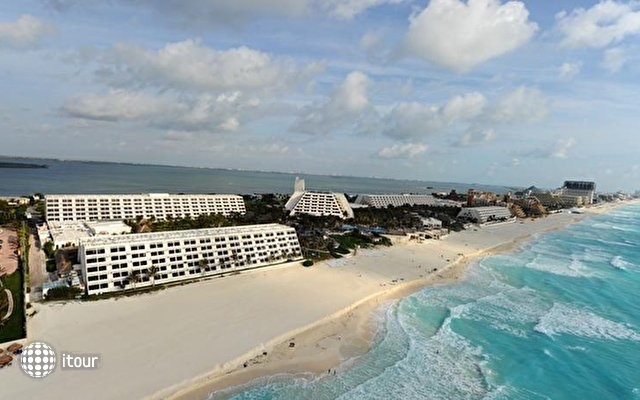 Be Live Cancun (ex. Oasis Cancun) 1