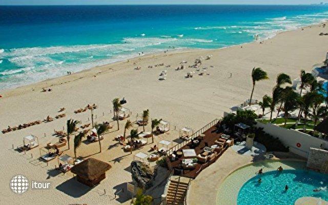 Royal Sunset Cancun 8