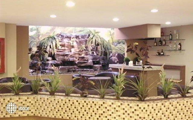 Holiday Inn Plaza Dali 6
