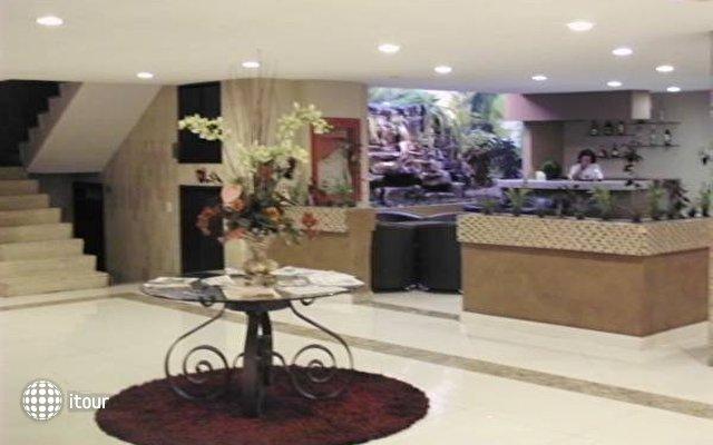 Holiday Inn Plaza Dali 10