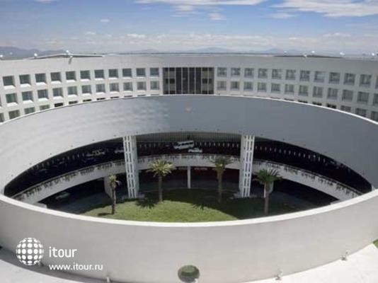 Nh Aeropuerto T2 Mexico 1