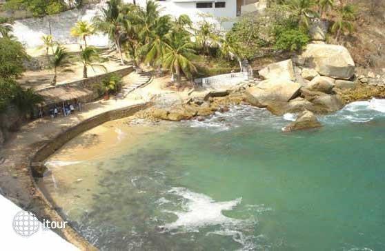 Caleta Acapulco 6