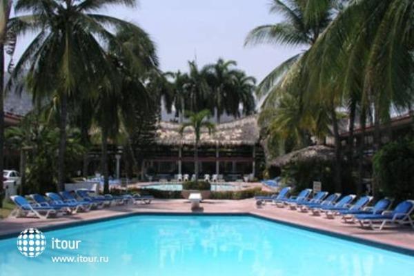 Bali Hai Hotel 5