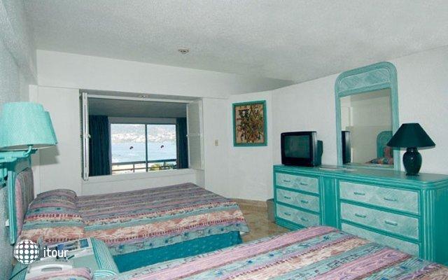 Playa Suites 3