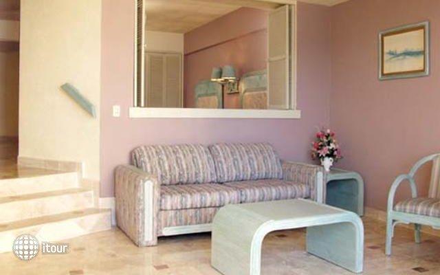 Playa Suites 5