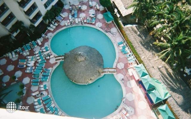 Playa Suites 2