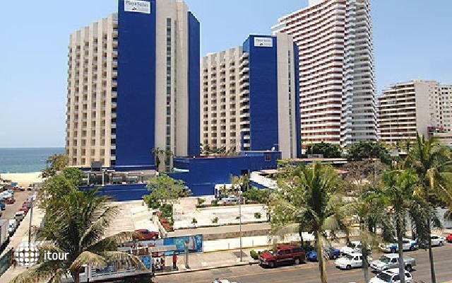 Playa Suites 7