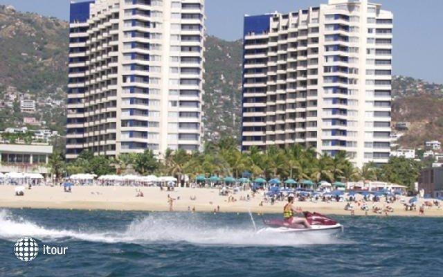 Playa Suites 10