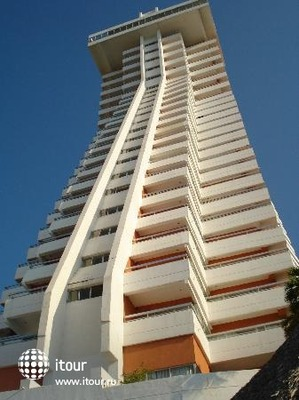 Crown Plaza Acapulco 1