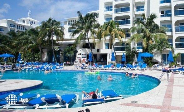 Costa Club 5