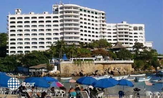 Maralisa Hotel & Beach Club 1