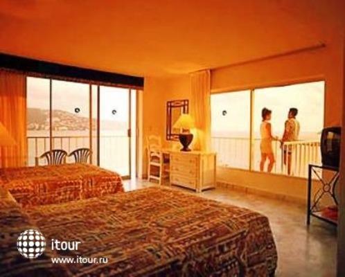 Ritz Acapulco 3