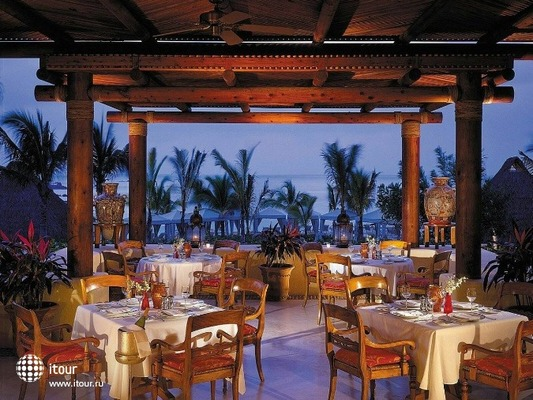 Four Seasons Punta Mita 7