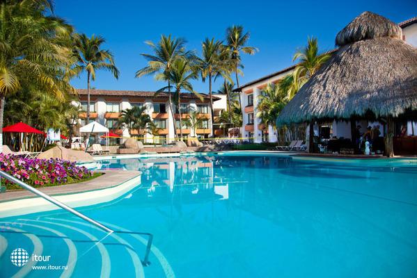 Plaza Pelicanos Club Beach Resort 9