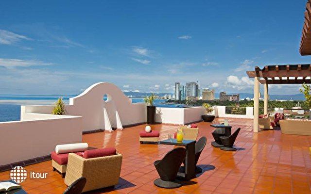Plaza Pelicanos Grand Beach Resort 5