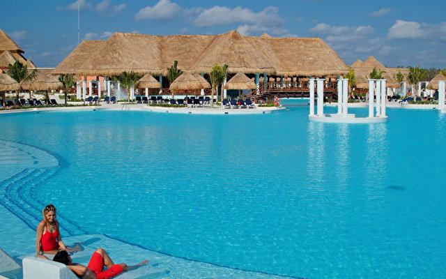 Grand Palladium Colonial Resort & Spa 1