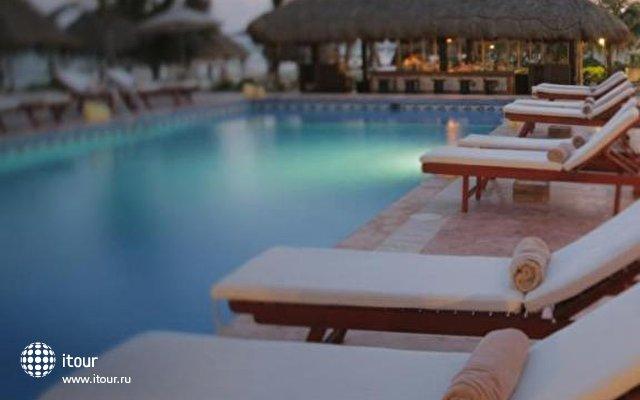 El Dorado Seaside Suites 2