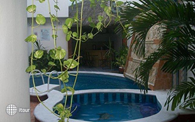 Maya Inn Playa Del Carmen 10
