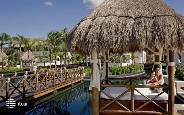 Platinum Yucatan Princess All Suites & Spa Resort 4
