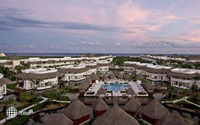 Platinum Yucatan Princess All Suites & Spa Resort 2