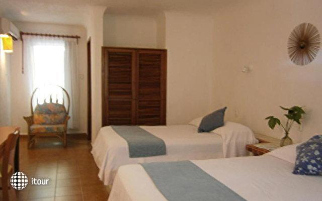 Las Palapas Hotel 9