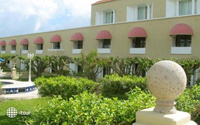 Villablanca Garden Beach 1