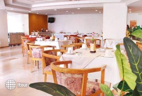 Aranzazu Plaza Kristal Hotel 9