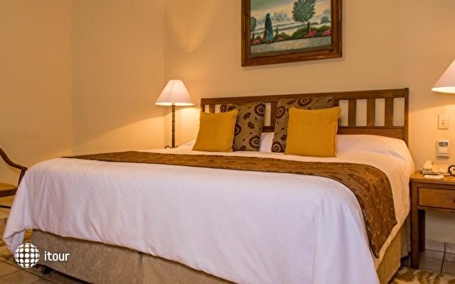 Villa Del Palmar Beach Resort 3
