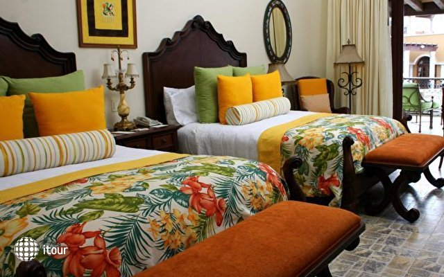 Hacienda Encantada Resort And Spa 3