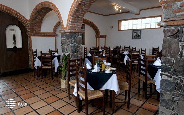 Best Western Hotel Monteverde Express 7